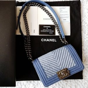 c65850f45f37 Auth Chanel le Boy denim Chevron crossbody handbag